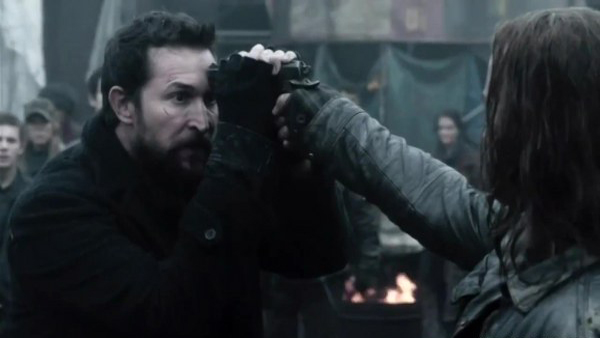 Falling Skies - Pope Breaks Bad Review